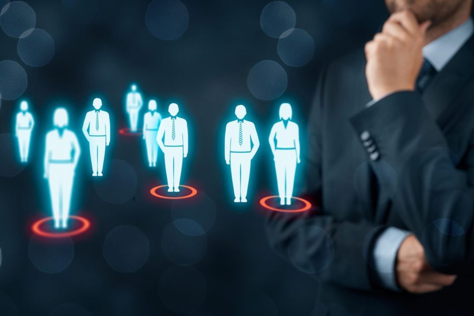 how to determine target audience for a marketing campaign