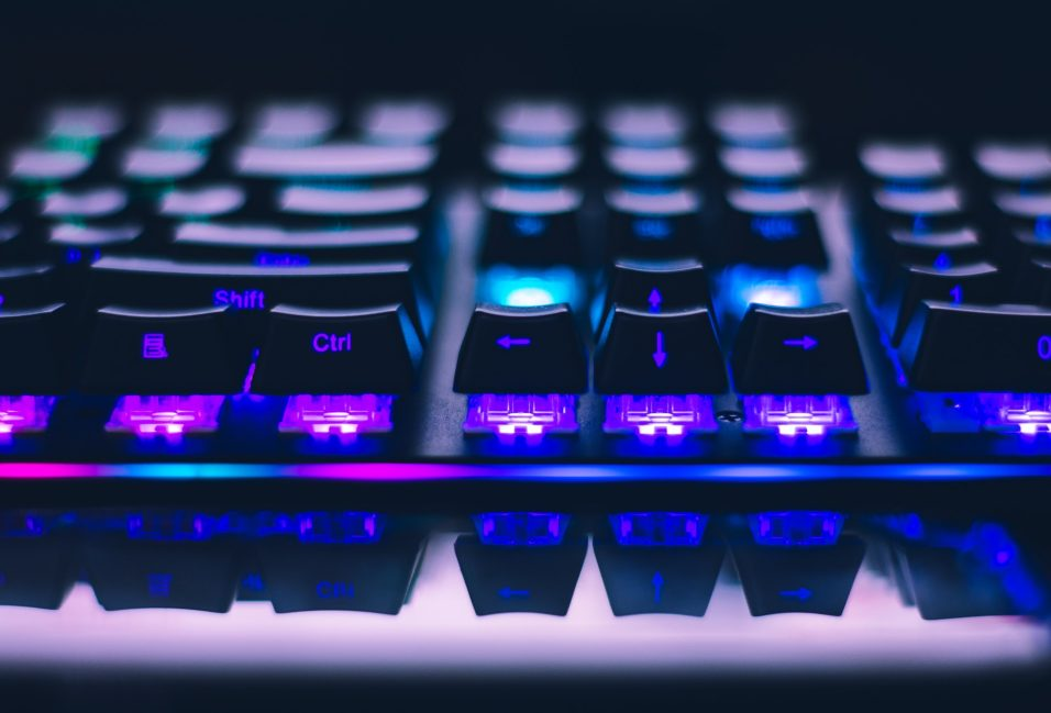 how to choose a gaming keyboard
